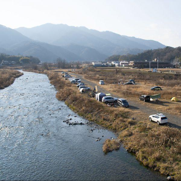 中津川沿いの焚き火キャンプ
